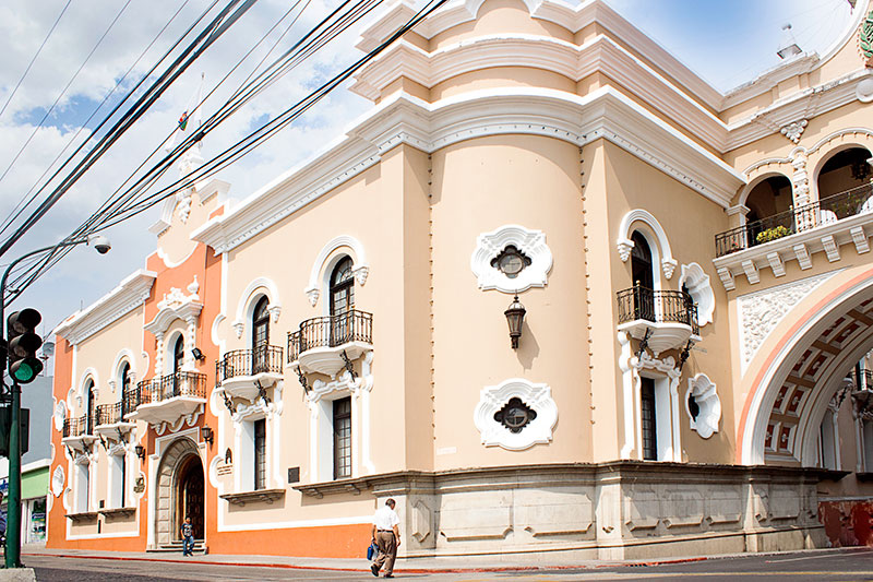 Centro Cultural Municipal 7ª. Ave. 11-67 Zona 1 y